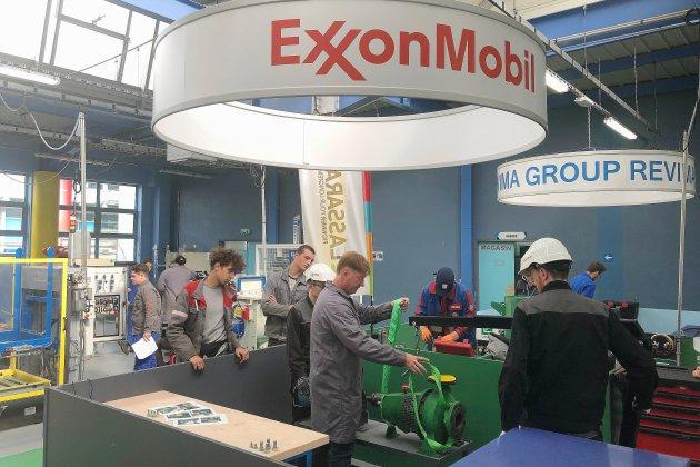 Exxon au lycée Coubertin de Bolbec