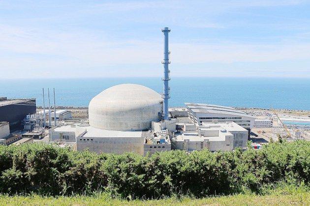 Réacteur EPR de Flamanville: un surcoût de 2 milliards selon Greenpeace