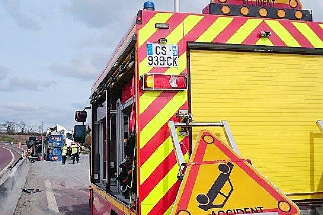 Voiture contre minibus: six blessés dans un accident dans la Manche