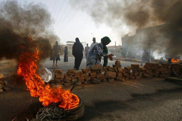 Soudan: plus de 35 morts dans la dispersion du sit-in à Khartoum (comité de médecins)