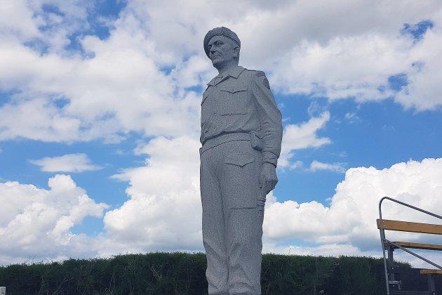 [Photos] La fille du commandant Kieffer et Léon Gautier à Ouistreham