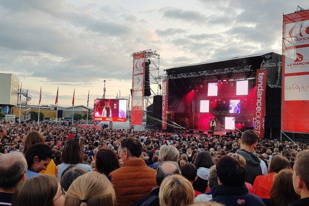 Tendance Live: des dizaines de milliers de personnes à Granville