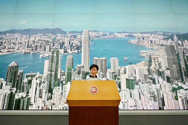 Hong Kong suspend le projet de loi sur l'extradition, manifestation de dimanche maintenue