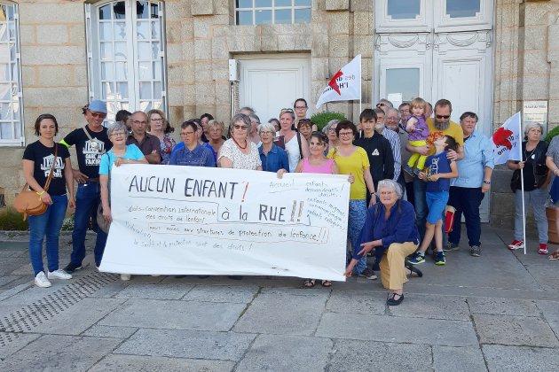 Réseau Éducation Sans Frontière rencontre le maire d'Alençon