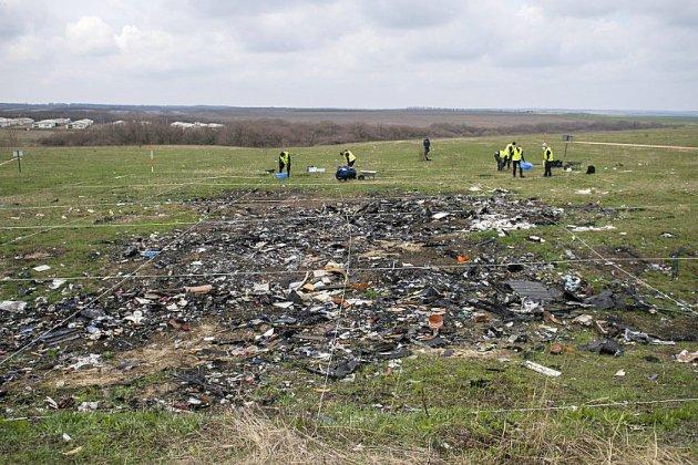 Vol MH17 abattu en Ukraine: quatre suspects jugés pour meurtre en mars 2020