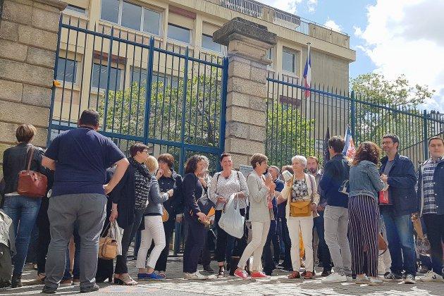 Orne: bruyante manifestation des agents des services fiscaux
