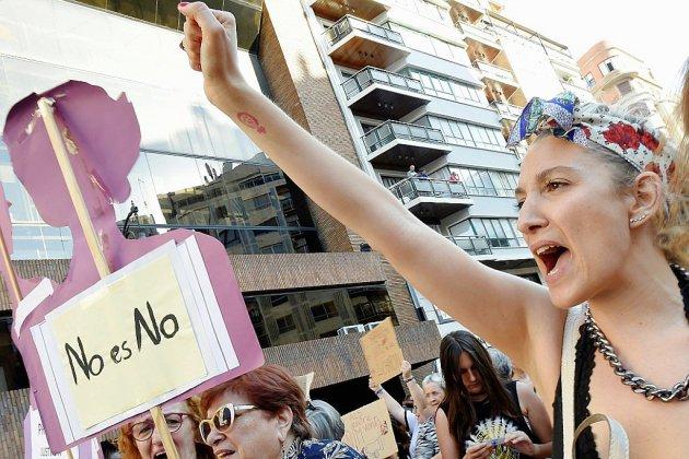 """Abus sexuel: épilogue pour l'affaire de """"La Meute"""" en Espagne"""