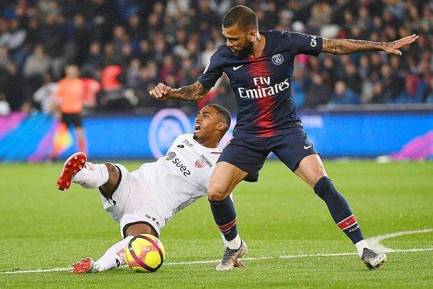 Paris SG: Alves jette l'éponge et s'en va