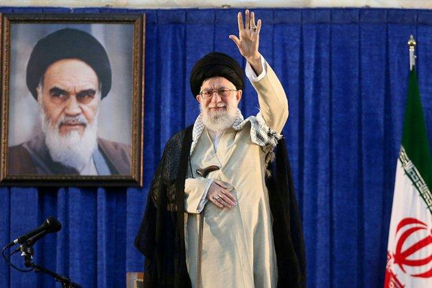 """Sanctions: Téhéran accuse Trump de """"fermer la voie de la diplomatie"""""""