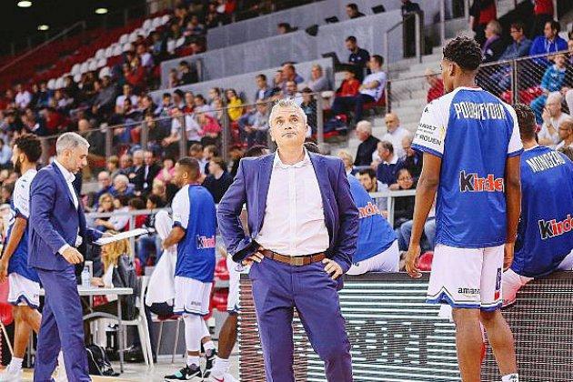 Alexandre Ménard prolonge son contrat au Rouen Métropole basket