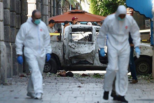 Un double attentat fait ressurgir en Tunisie le spectre de la violence