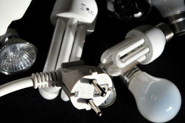 """Perquisitions dans le secteur de l'énergie: 13 entreprises ciblées pour """"démarchage abusif"""" (DGCCRF)"""