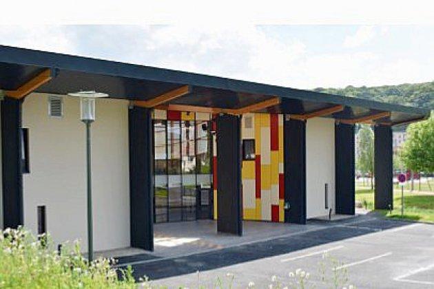 François Hollande va inaugurer un gymnase à Rives-en-Seine