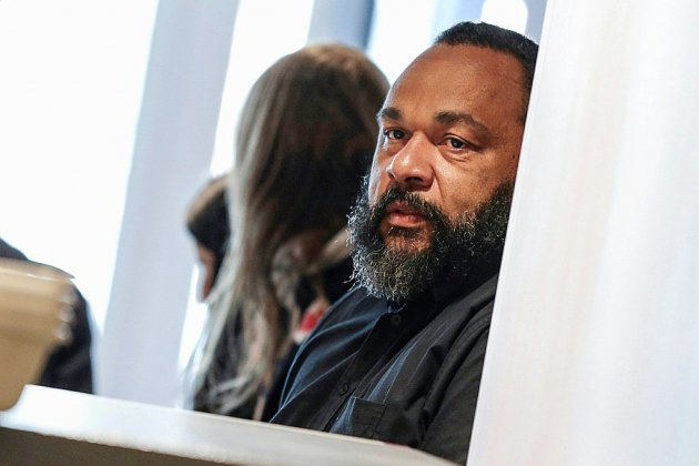 Fraude fiscale, abus de biens sociaux, blanchiment: Dieudonné condamné à deux ans de prison ferme
