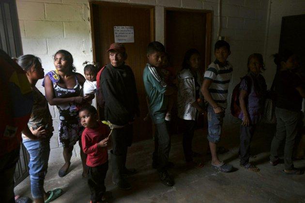 """""""J'ai mal partout"""": le paludisme de retour chez les Amérindiens Yukpa du Venezuela"""