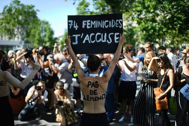 """Féminicides: lancement en septembre d'un """"Grenelle des violences conjugales"""""""