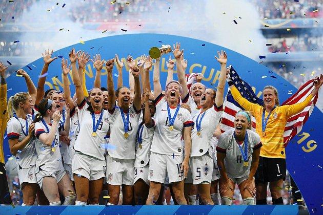 Mondial-2019: les États-Unis survolent le football féminin