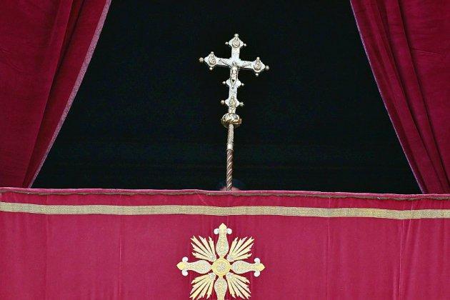 Le Vatican lève l'immunité du nonce apostolique en France, accusé d'agressions sexuelles