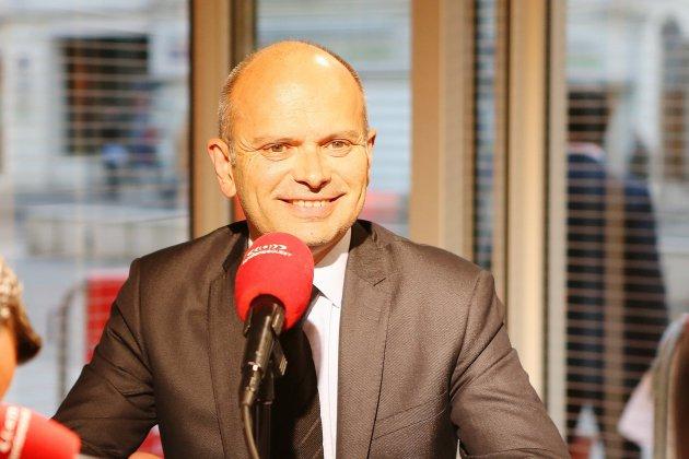 Municipales à Rouen : Jean-François Bures en tête du sondage de la droite et du centre