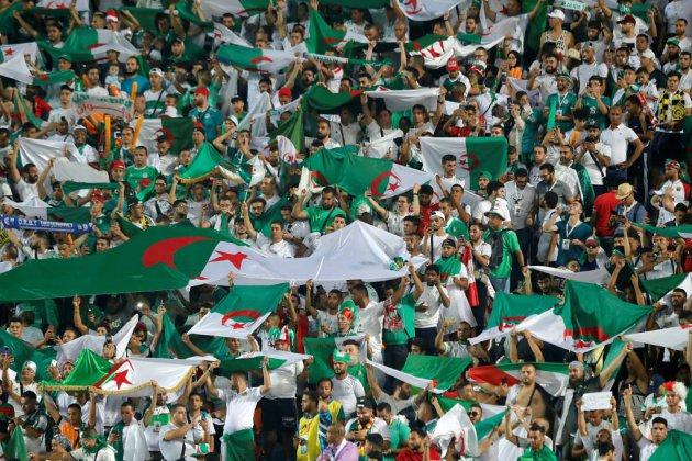 """""""La Casa del Mouradia"""", quand un chant de supporters devient l'hymne des manifestants algériens"""