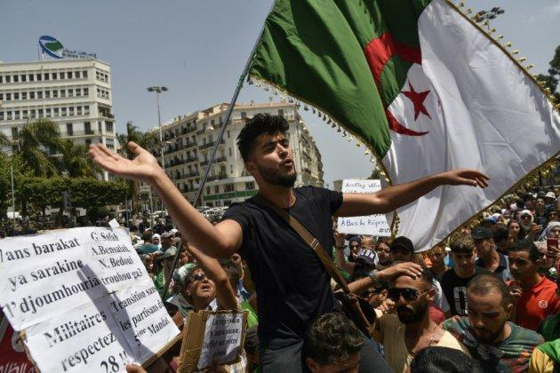 Algérie: la contestation pas dupe des manœuvres du pouvoir autour de la CAN