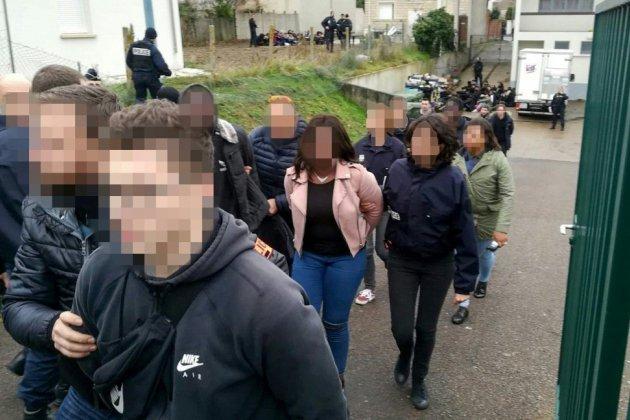 Interpellation de lycéens à Mantes-la-Jolie: l'enquête de l'IGPN classée sans suite