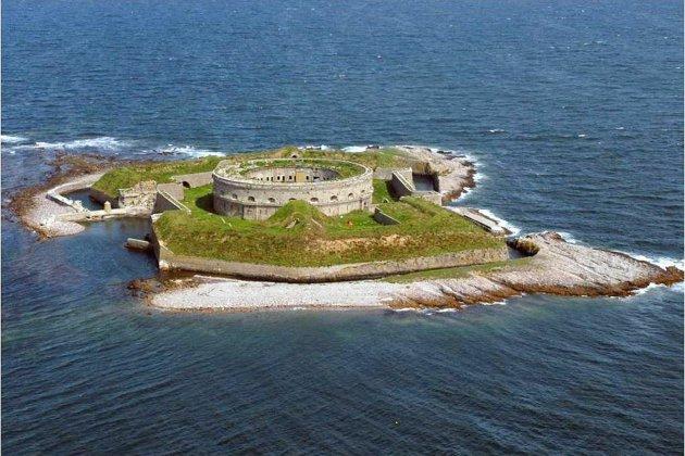 Manche : bateaux interdits autour de l'île de terre des îles Marcouf