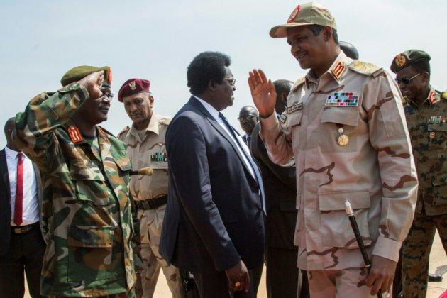 """Soudan: généraux, protestataires et rebelles discutent de """"paix"""" à Juba"""