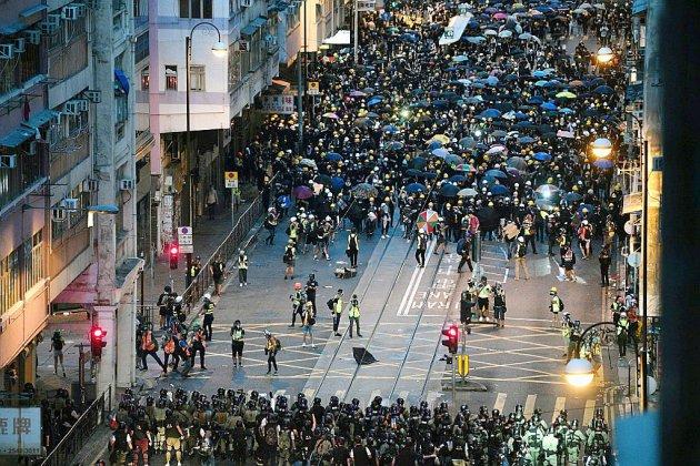 Crise à Hong Kong: des manifestants devant la justice