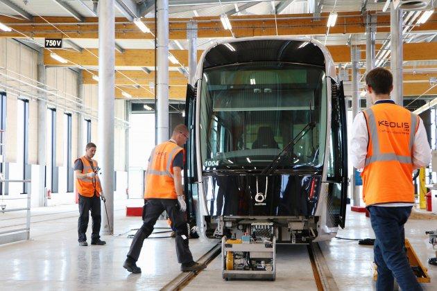 Tramway de Caen : 5 000€ de réparation pour la rame caillassée
