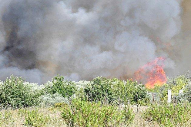 Incendies dans le Gard: le pilote d'un bombardier d'eau se tue dans le crash de son appareil