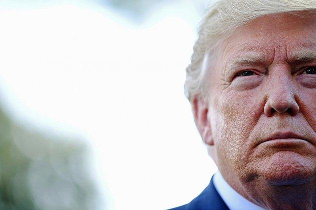 """Les Etats-Unis face à la """"menace"""" du """"terrorisme blanc"""", Trump accusé par les démocrates"""