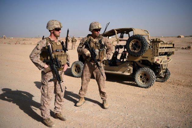"""L'émissaire américain salue """"d'excellents progrès"""" dans les négociations avec les talibans"""