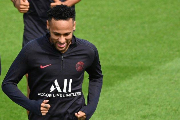 L1: Neymar, en instance de départ, absent du groupe du Paris SG contre Nîmes