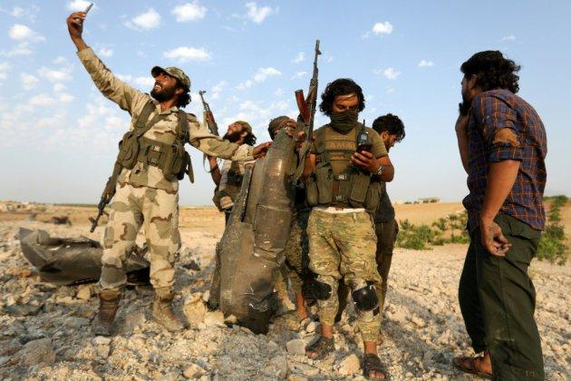 Syrie: les forces prorégime cherchent à encercler une ville clé du nord-ouest