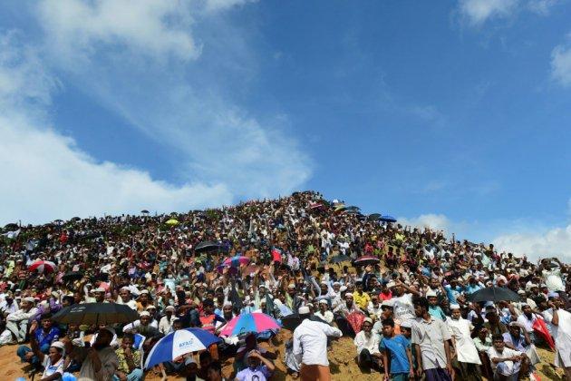 Bangladesh: 200.000 Rohingyas commémorent les 2 ans de leur exil
