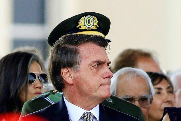 """Bolsonaro conditionne l'aide du G7 au retrait des """"insultes"""" de Macron"""
