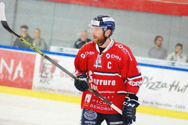 Hockey-sur-Glace (D1): des Drakkars solides l'emportent face à Dunkerque