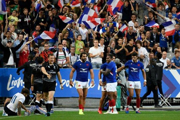 Mondial-2019: les Bleus signent une large victoire en trompe l'oeil pour finir