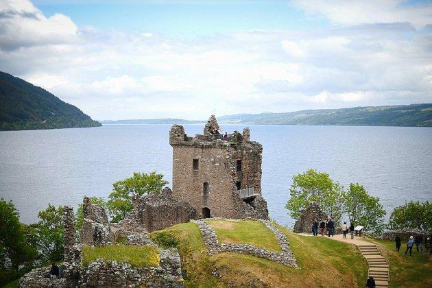 Le monstre du Loch Ness: et s'il y avait anguille (géante) sous roche?