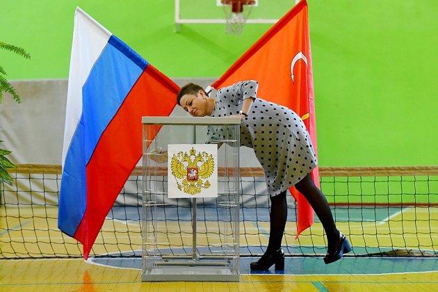Les Russes élisent leurs représentants locaux après un été de répressions