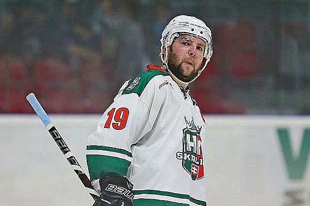 Hockey-sur-glace : Martin Hujsa, la tuile