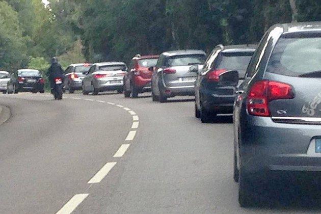 Les travaux sur la D6015 entraînent des embouteillages à Barentin