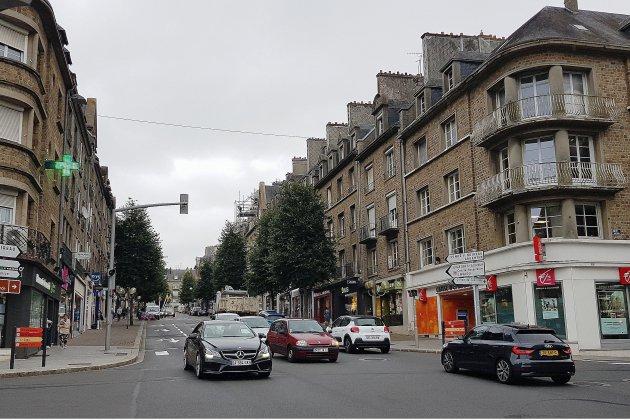 Villes reconstruites après-guerre: gros travaux à Flers