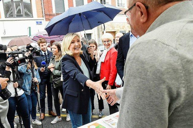 Marine Le Pen lance le RN dans la bataille des municipales, 2022 en vue