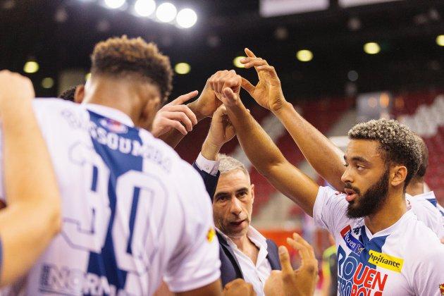 Basket : le Rouen Métropole Basket s'impose au bout du suspense face à Évreux