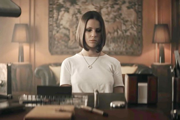 """Twisted"" le nouveau single de Marina Kaye"