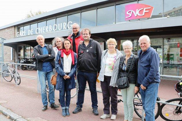 Cherbourg: la gauche contre la privatisation des aéroports de Paris