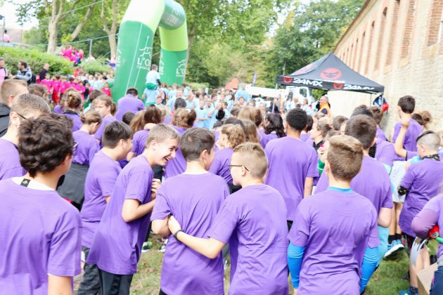 La course à obstacles de 2000 collégiens de l'Orne au Haras du Pin