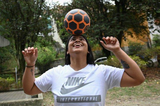 En Colombie, le ballon rond est roi, mais le foot féminin précaire